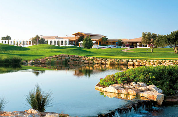 Enjoy playing  in the sun with Oceanico Golf