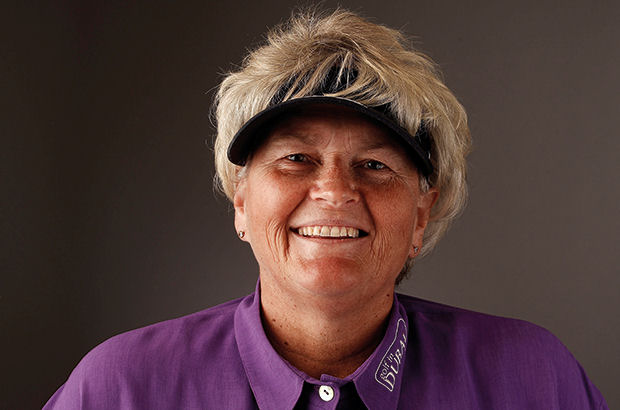 Davies hailed for inspiring  a generation of girl golfers