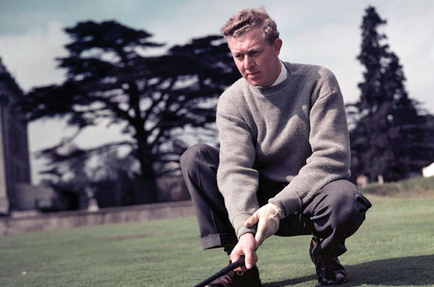 Golf mourns legend Hunt