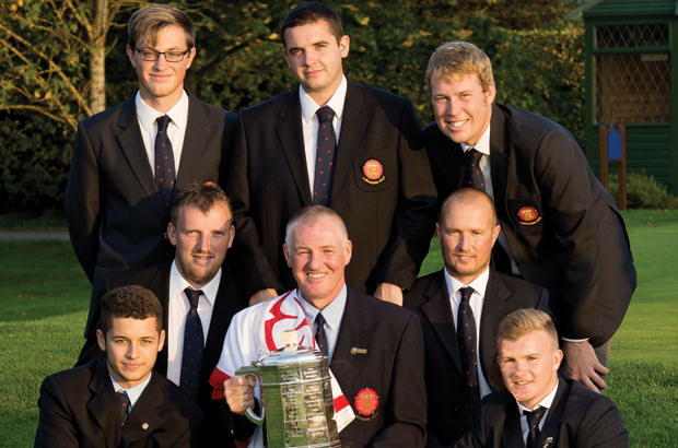 Lancs Regain County  Crown In Fine Style