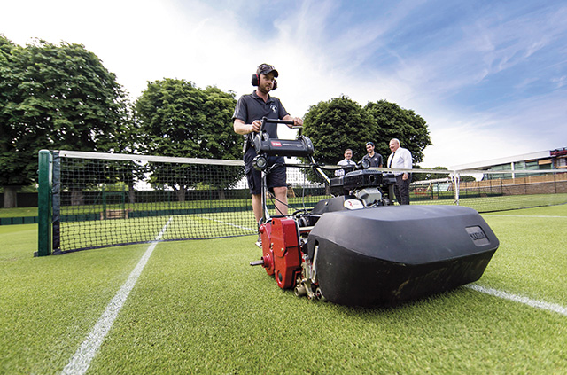Roehampton Club will use the leading turfcare brand for its golf, tennis, croquet lawns and gardens