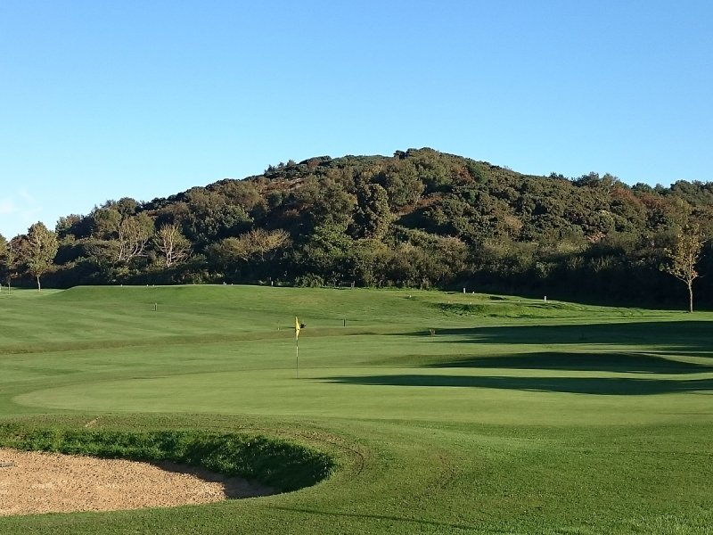 Links Country Park Golf Club